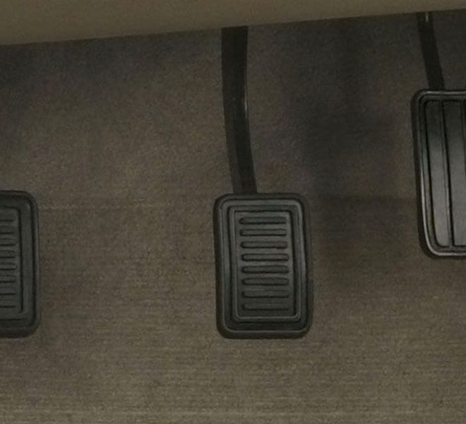 Automotive Mahindra Bolero Interior-12