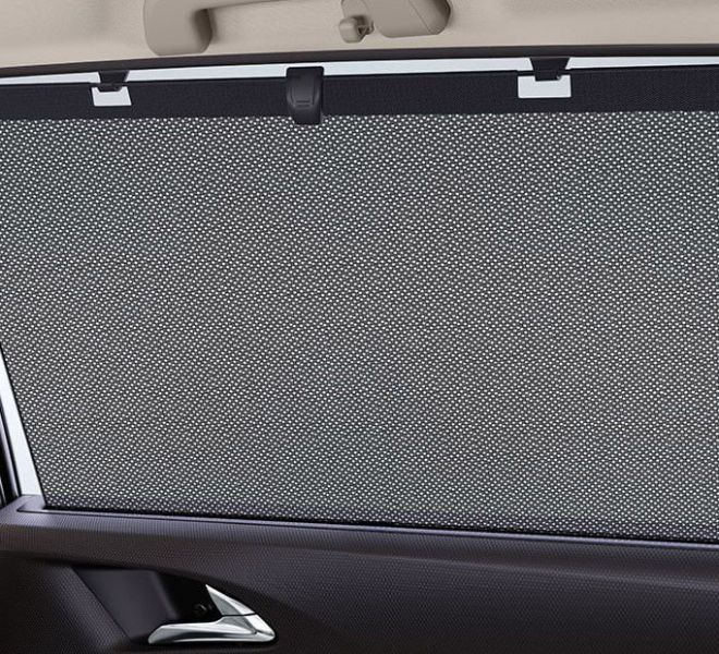 Automotive Mahindra Marazzo Interior-10