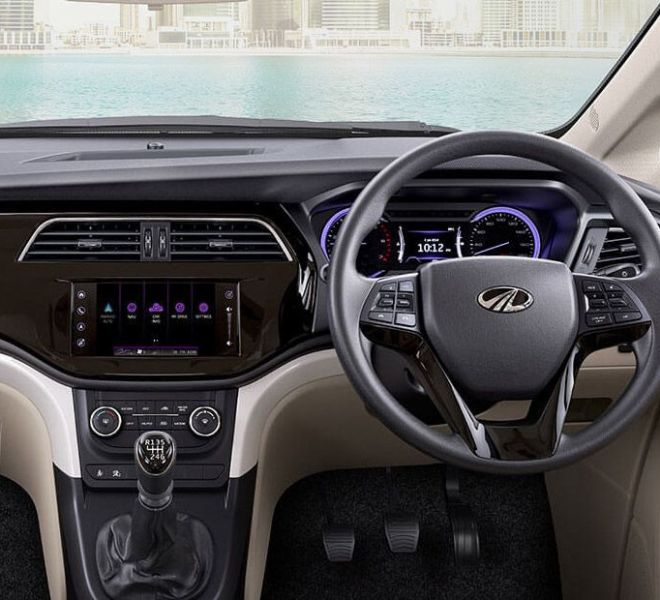 Automotive Mahindra Marazzo Interior-5