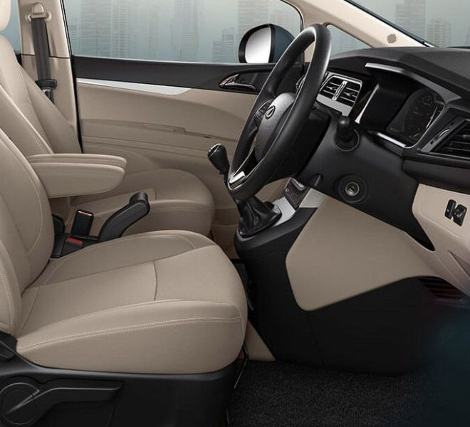 Automotive Mahindra Marazzo Interior-8