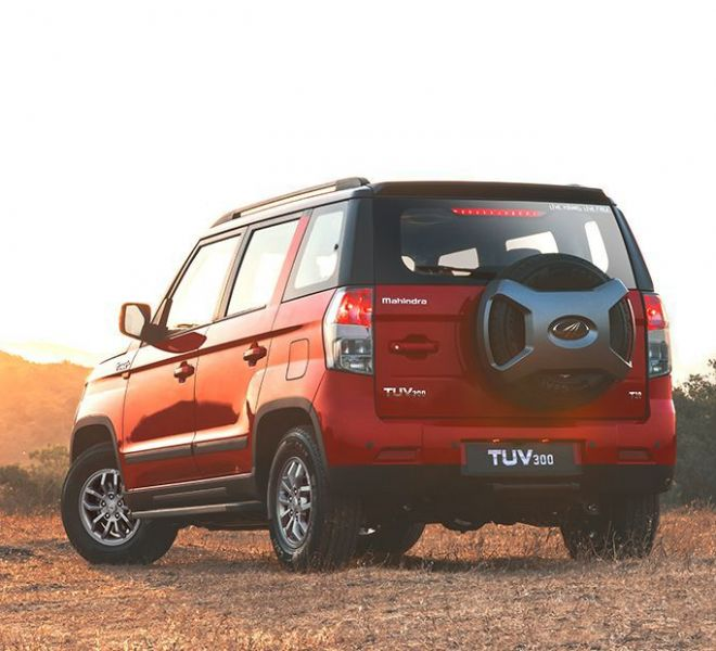 Automotive Mahindra TUV300 Exterior-4