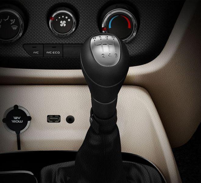 Automotive Mahindra TUV300 Plus Interior-12