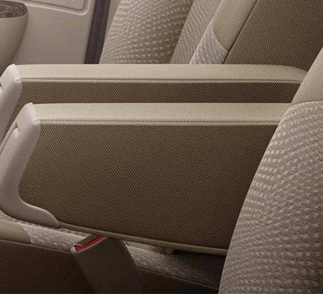 Automotive Mahindra Xylo Interior-6