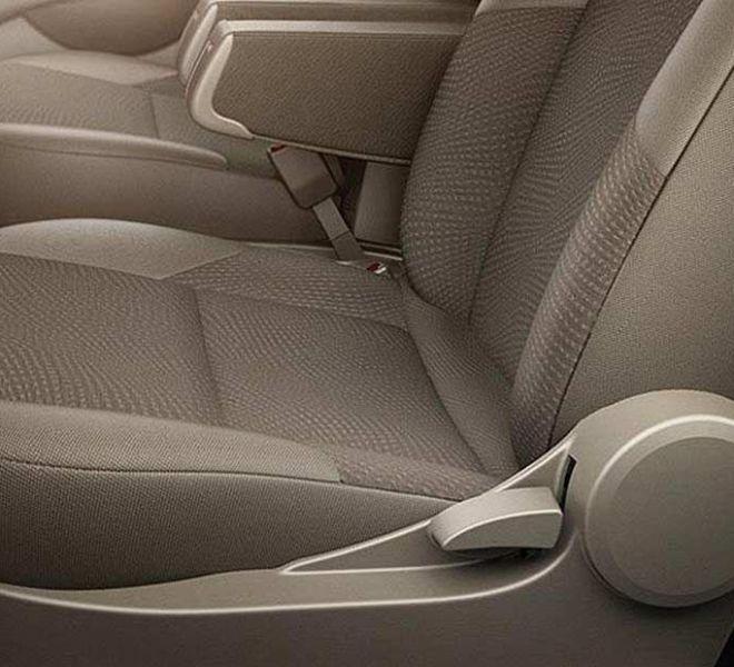 Automotive Mahindra Xylo Interior-7